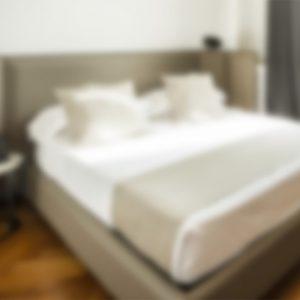 camera-letto-matrimoniale-guest-house-castello-milano
